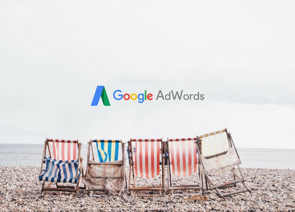 ¿Es aconsejable mantener las campañas de Google Adwords enverano?